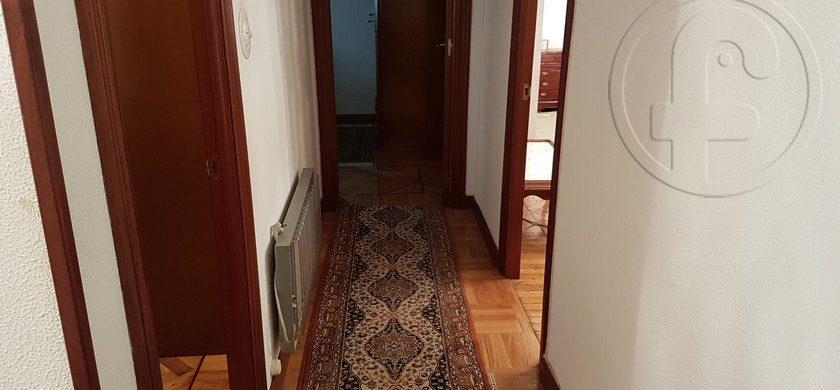 Piso en 4 Caminos de 3 habitaciones
